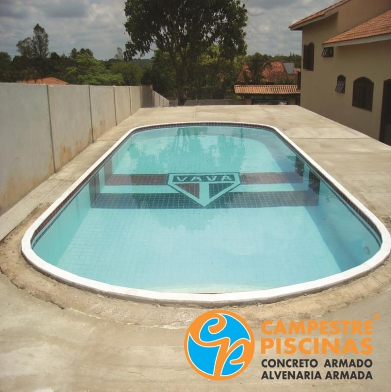 Construção de Piscina de Alvenaria com Prainha Conjunto Habitacional Padre Manoel da Nóbrega - Piscina de Alvenaria Estrutural