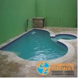 cascata de piscina de canto preço Suzano