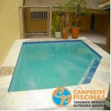 cascatas de piscina na parede Suzano