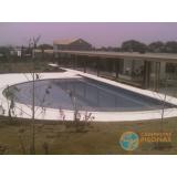 obra de acabamento de piscina em madeira Santos