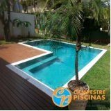onde encontro piscina de concreto com cascata para recreação Vale do Paraíba