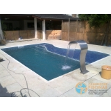 piscina de alvenaria armada com prainha Vila Ré