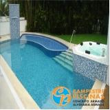piscina de concreto com deck para condomínio Vila Maria