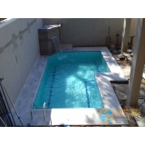 piscina de concreto com infantil Jardim Helian