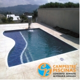 piscina de concreto para chácara Lagoinha