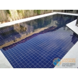 piscina de alvenaria armada com azulejo