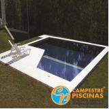 piscina de alvenaria com escada