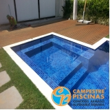 piscinas de concreto com deck para sítio Interlagos