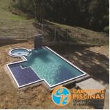 piso para piscina área externa